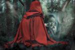 Misterioso montaje con una persona de capa roja